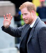 Photo of الأمير هاري و زوجته  ميغان ماركل يستقيلان من المهام الملكية
